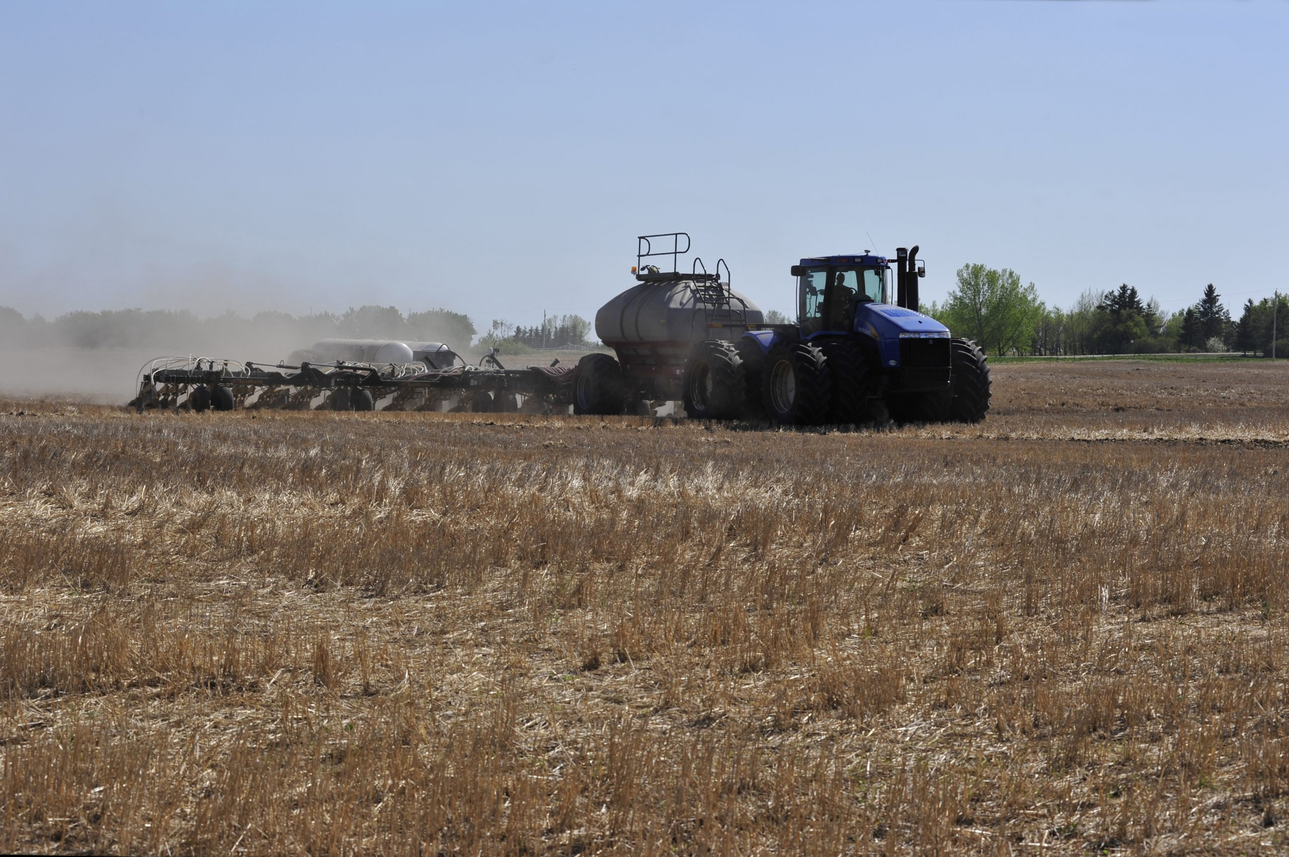 Central Saskatchewan Farmers Hope to Start Seeding by First Weekend in May