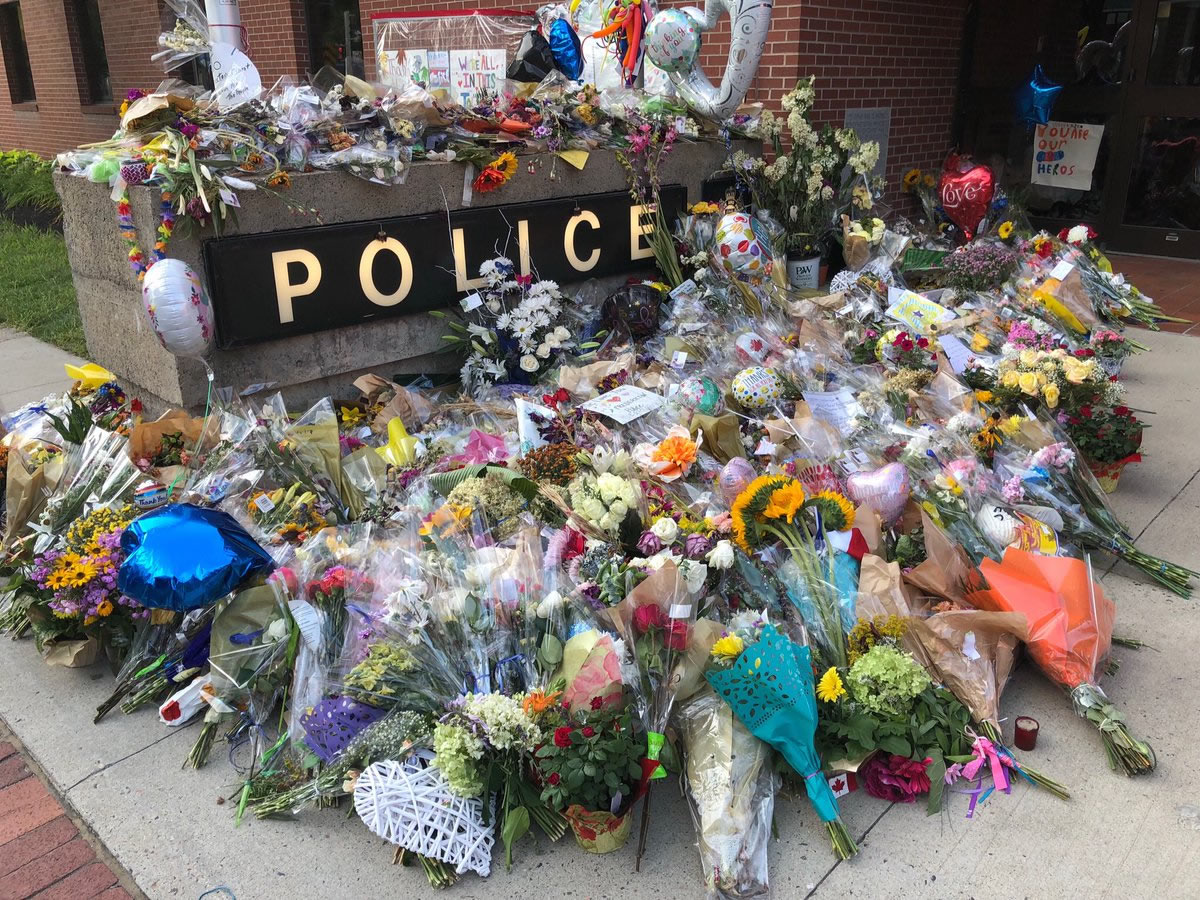 Saskatoon Officers Paying Respects In Fredericton