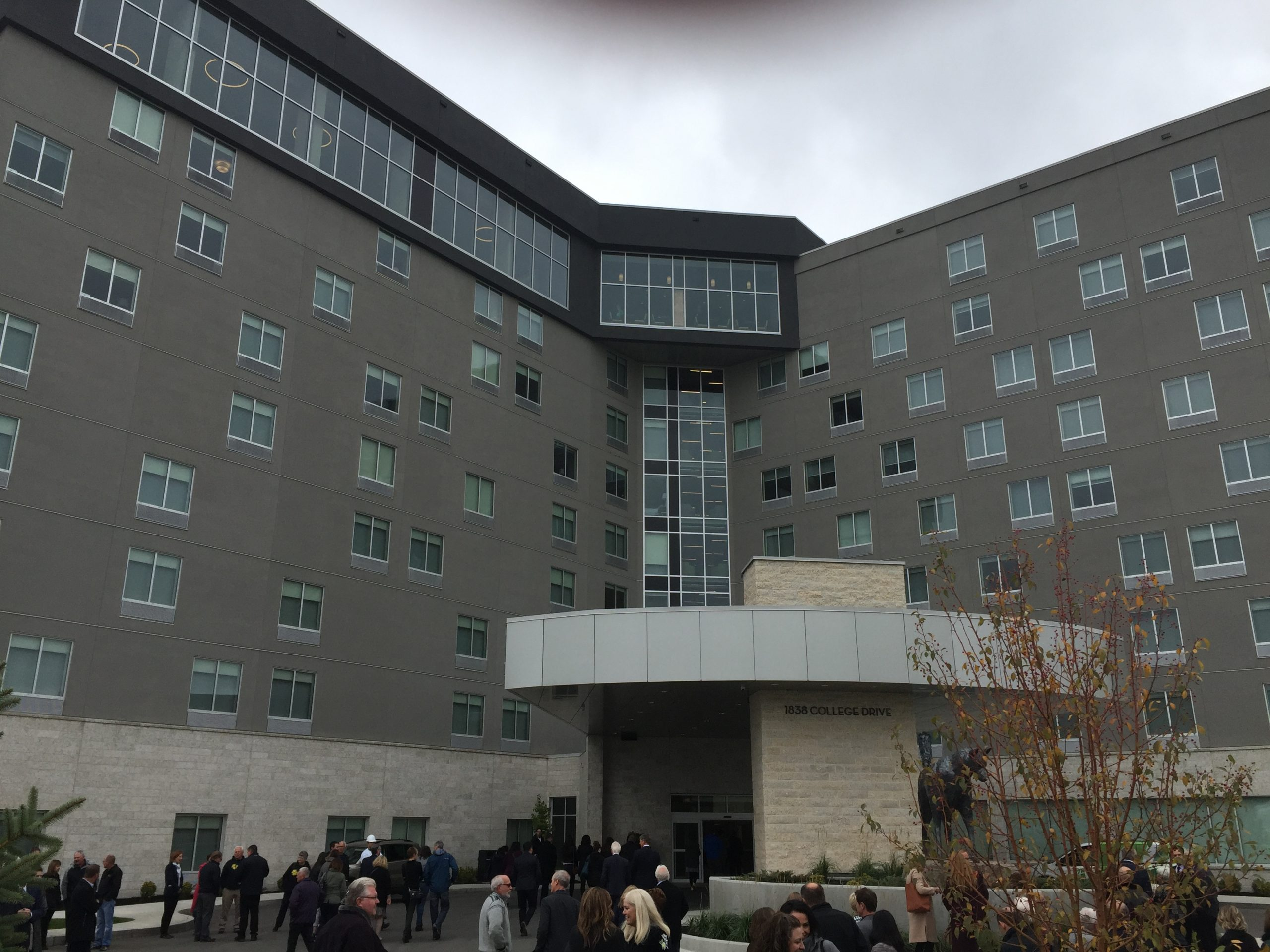 Holiday Inn at the U of S Hosts Grand Opening with New Artwork