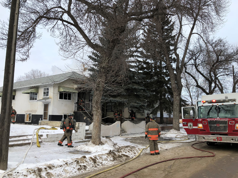 Avenue H House Fire Causes Damage to Neighbouring Home