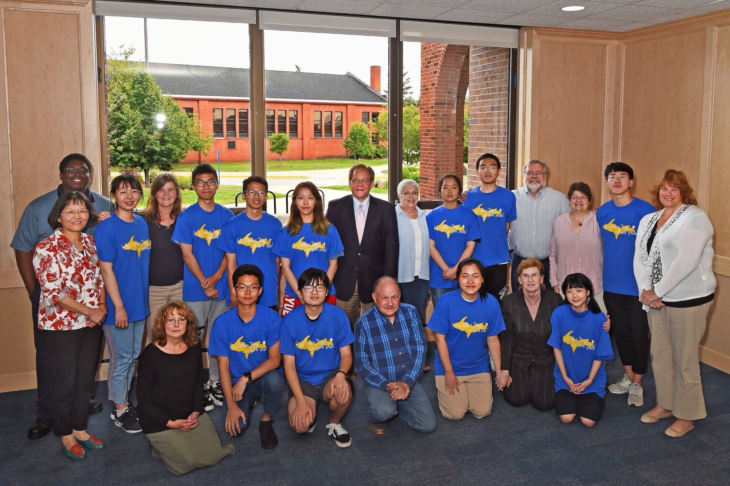 Chinese Students Wrap Up Program At Lake State