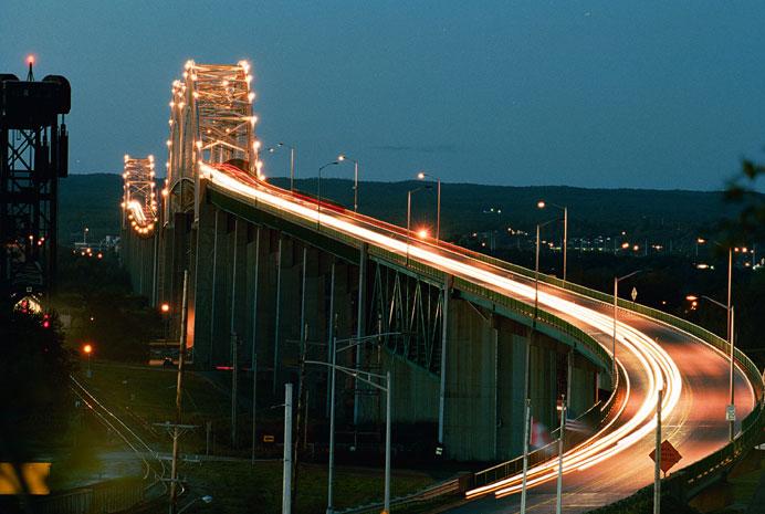 International Bridge Rates Rising For Canadian Cash