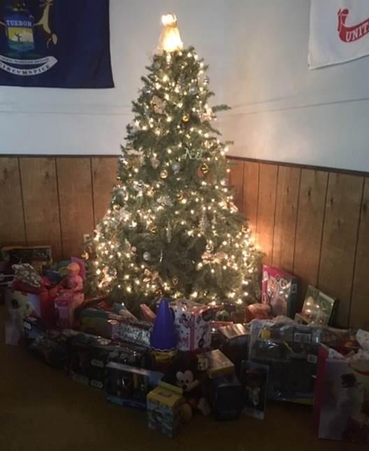 Newberry Hospital Employees Donate Toys