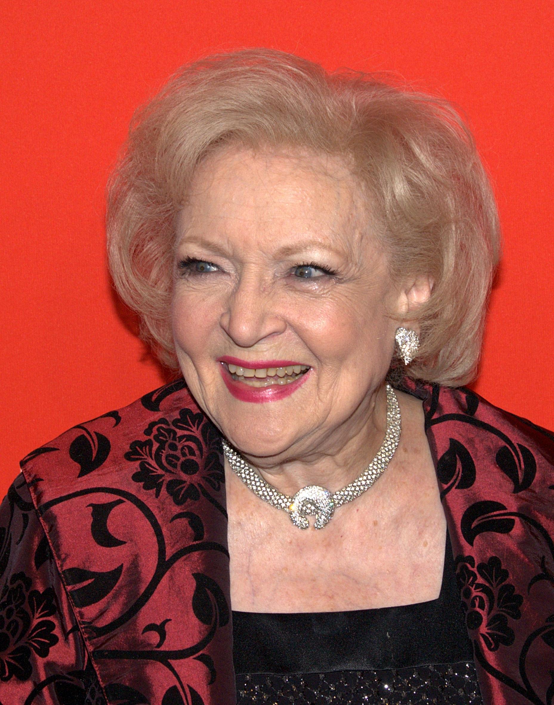Betty White is (not) dead!