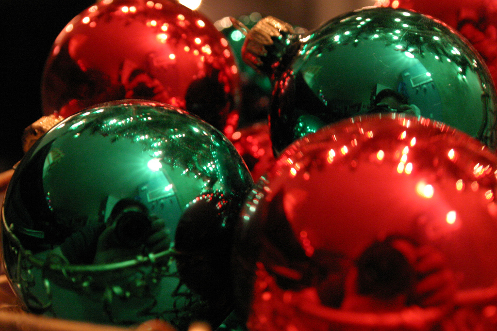 I'm Red-Green Colourblind and Christmas is a Total Nightmare