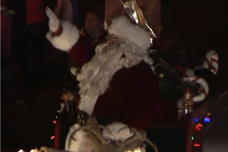 Parade Goers Set To Welcome Santa On November 24th