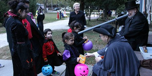 Video: Halloween Safety Tips
