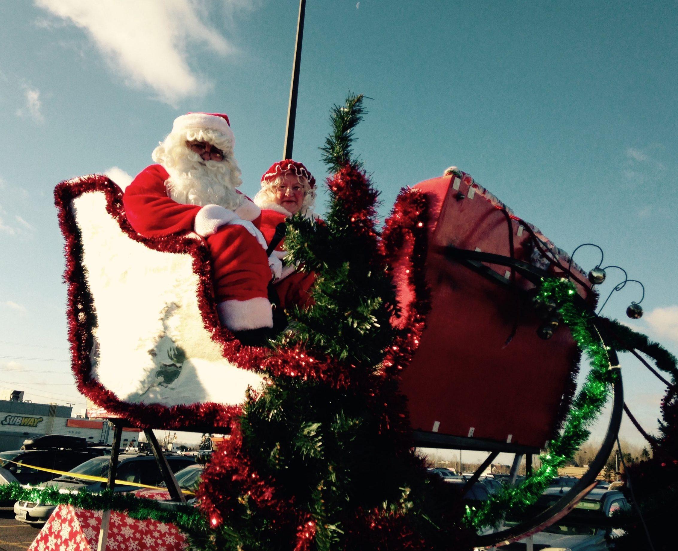 Santa Claus Parade Back November 17th