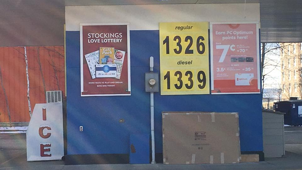 Gas Prices Stay Higher In Thunder Bay