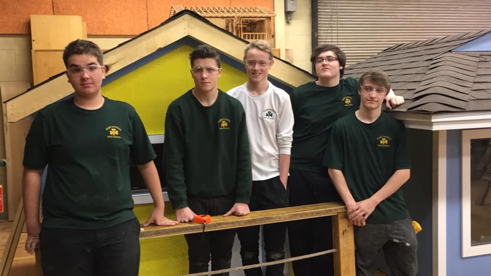Local Students Build Playhouses From Scratch