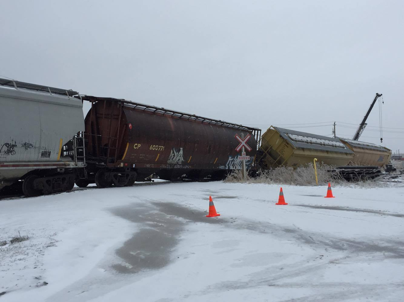 CP Train Derails During Ice Storm | 99 9 THE BAY