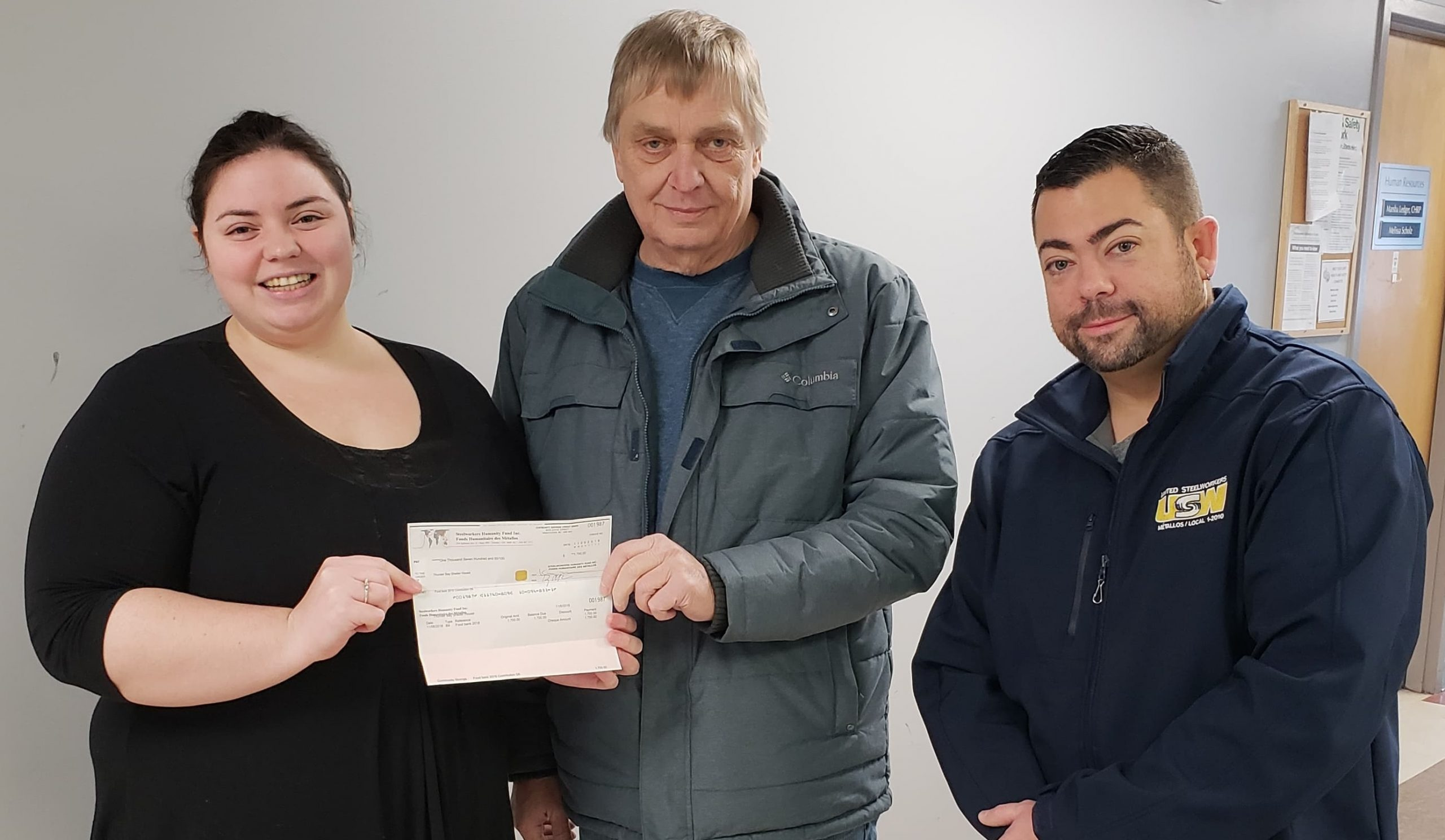 Steelworkers Give To Shelter House