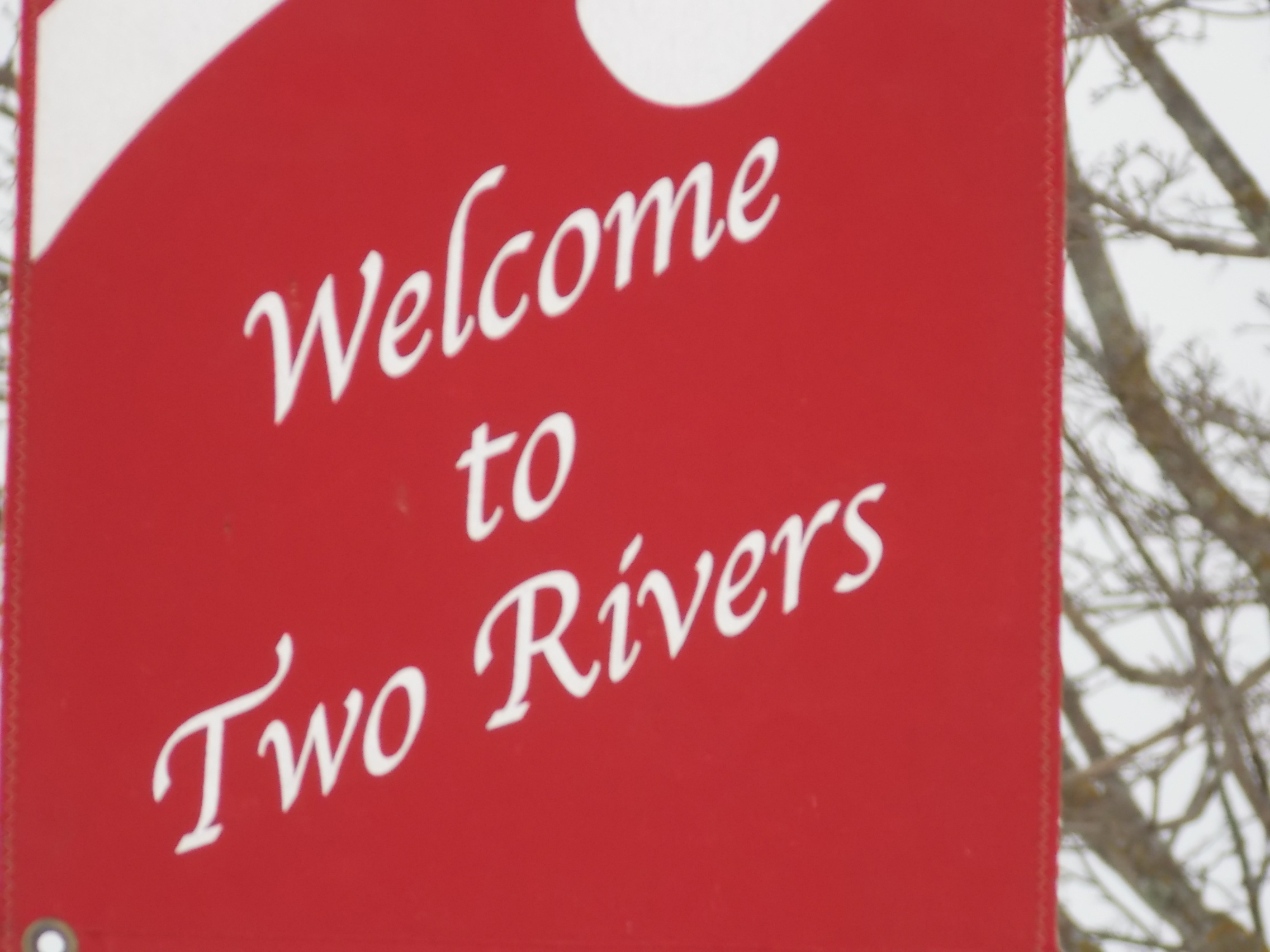 Wells Fargo's Two Rivers Branch to Close