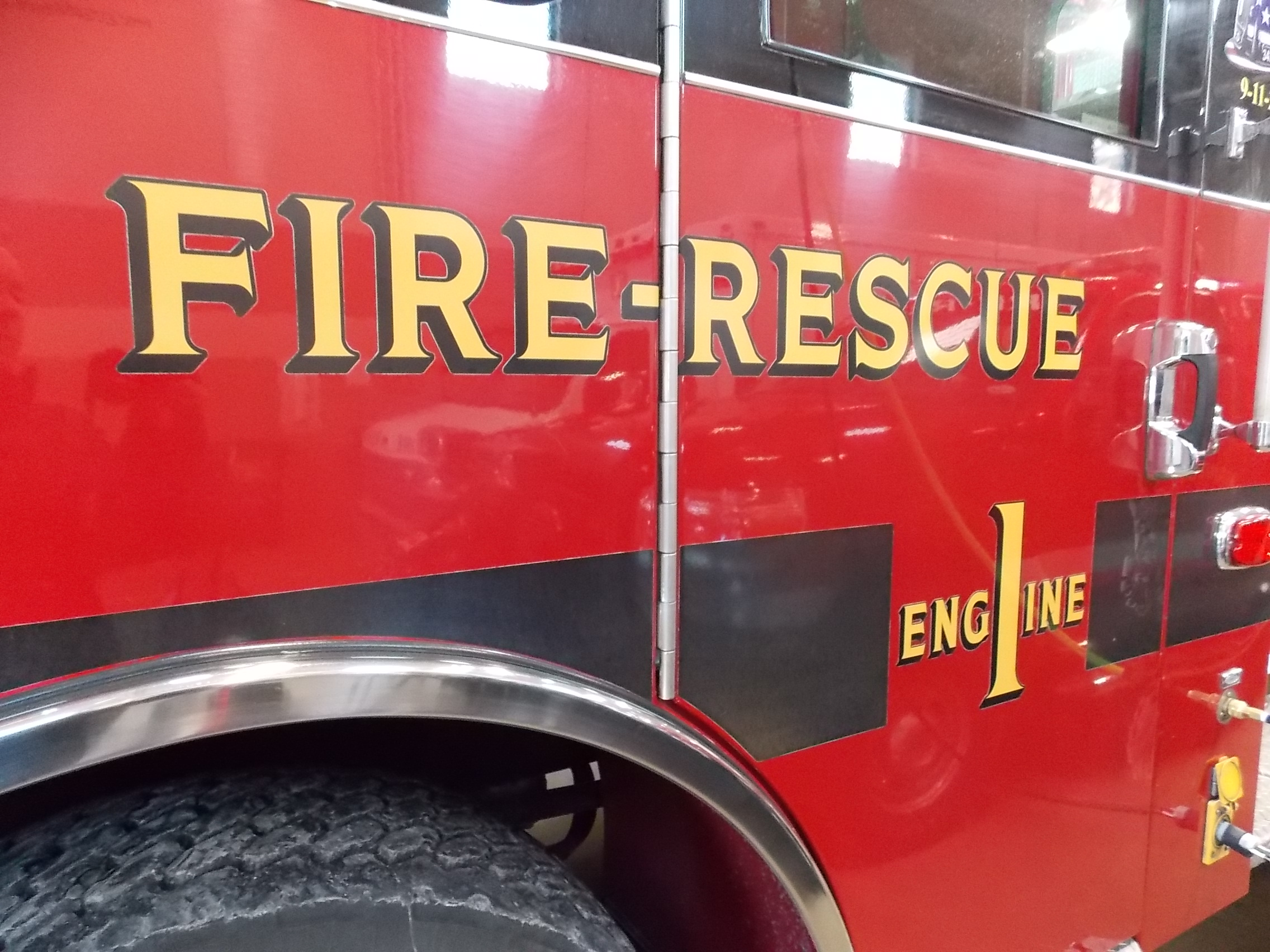 Fire at Susie Q Fish Market in Two Rivers
