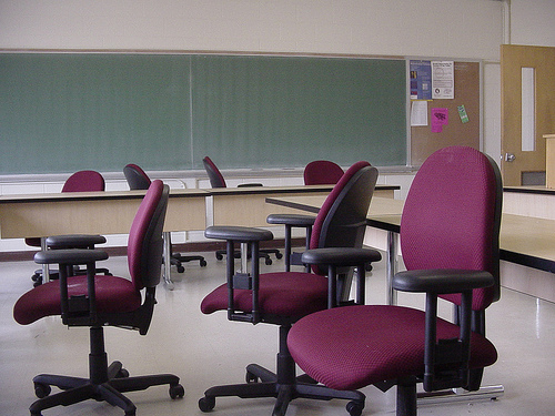 UW System Asking Board Of Regents For 3% Pay Hikes For Employees