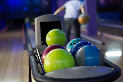 Three Men Roll Honor Count Series at Meadow Lanes North