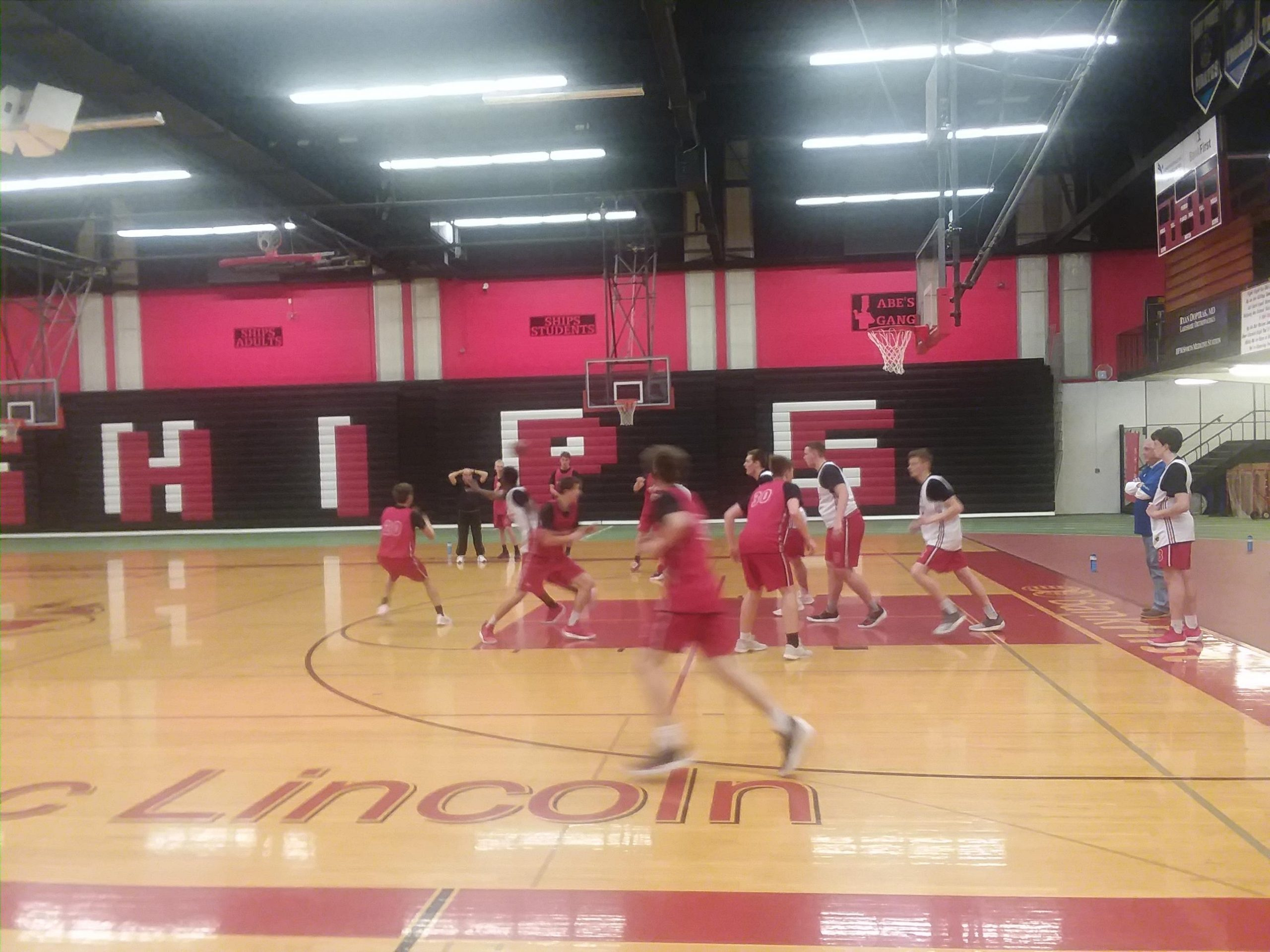 Ships Basketball Aims for Improvement