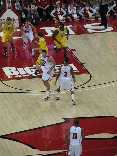 Badgers Follow Happ-Trice-Davison To 77-68 Win At Xavier
