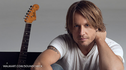 Keith Urban Nabs Entertainer of the Year at CMA's.