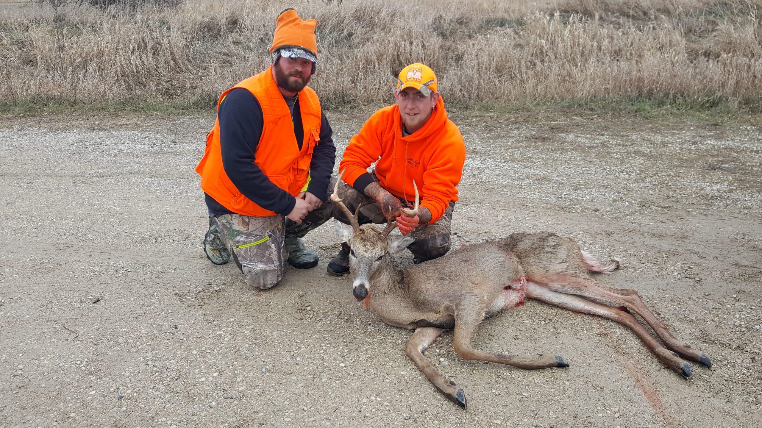 Help on Gun-Deer Hunt's final day