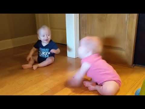 VIDEO: Twin Babies Laugh Uncontrollably at Each Other