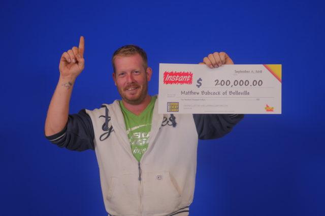 Belleville man wins $200,000 lotto prize