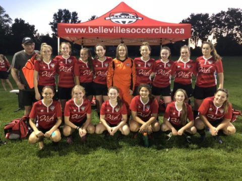 Comets ace Kingston to win title