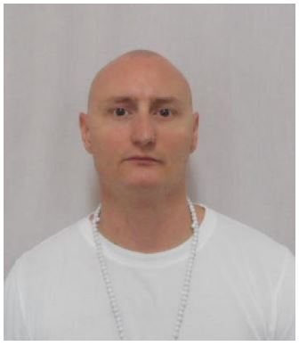 Wanted federal inmate known to frequent Belleville