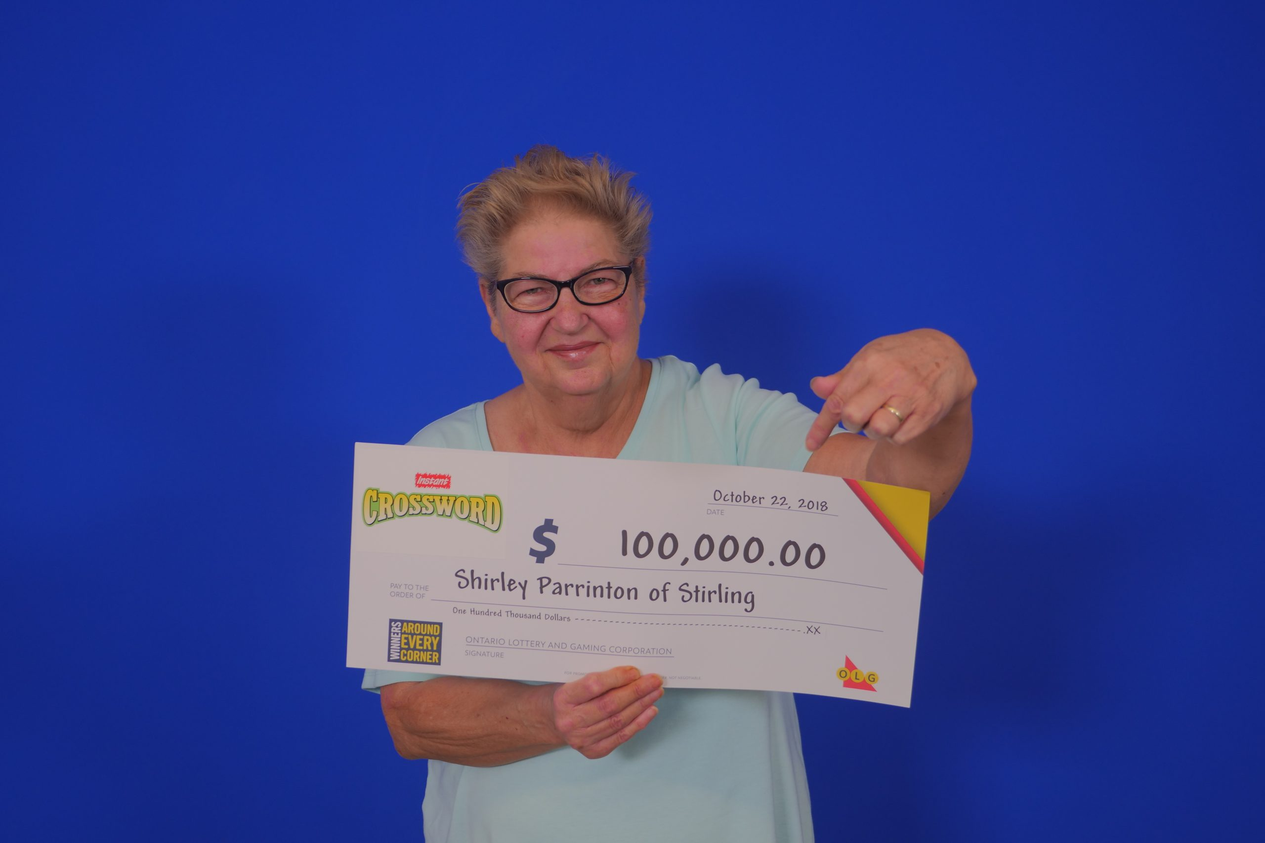 Stirling woman scratches $100,000 lotto win
