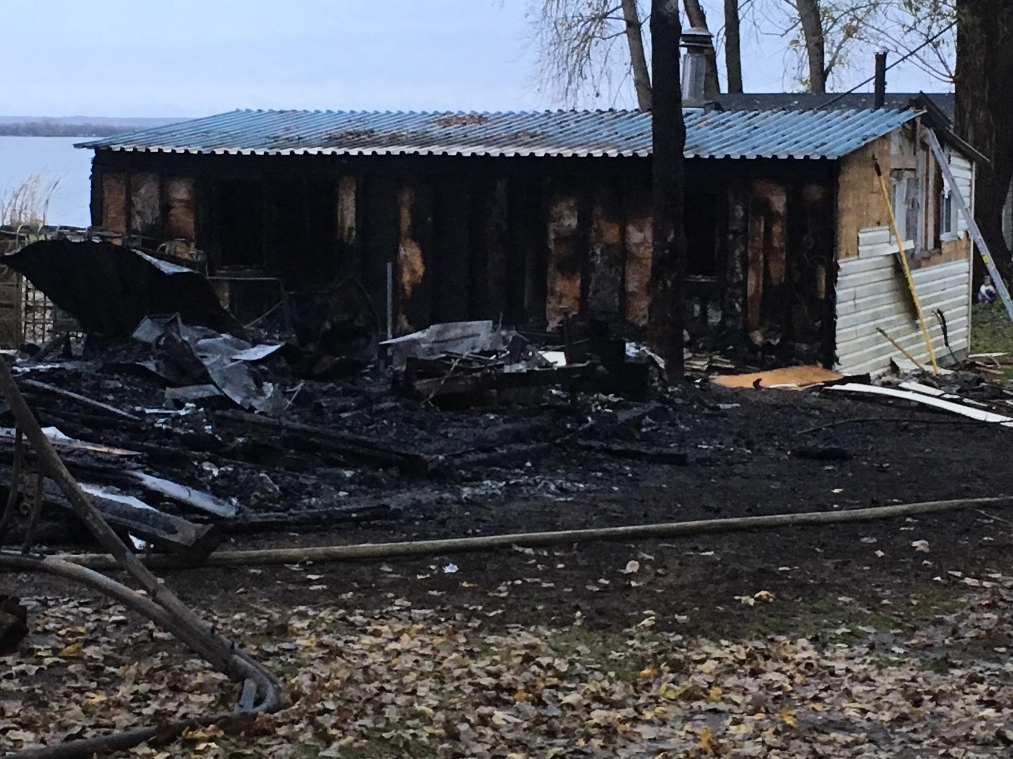 PHOTOS: Multiple cottage fires in Tyendinaga