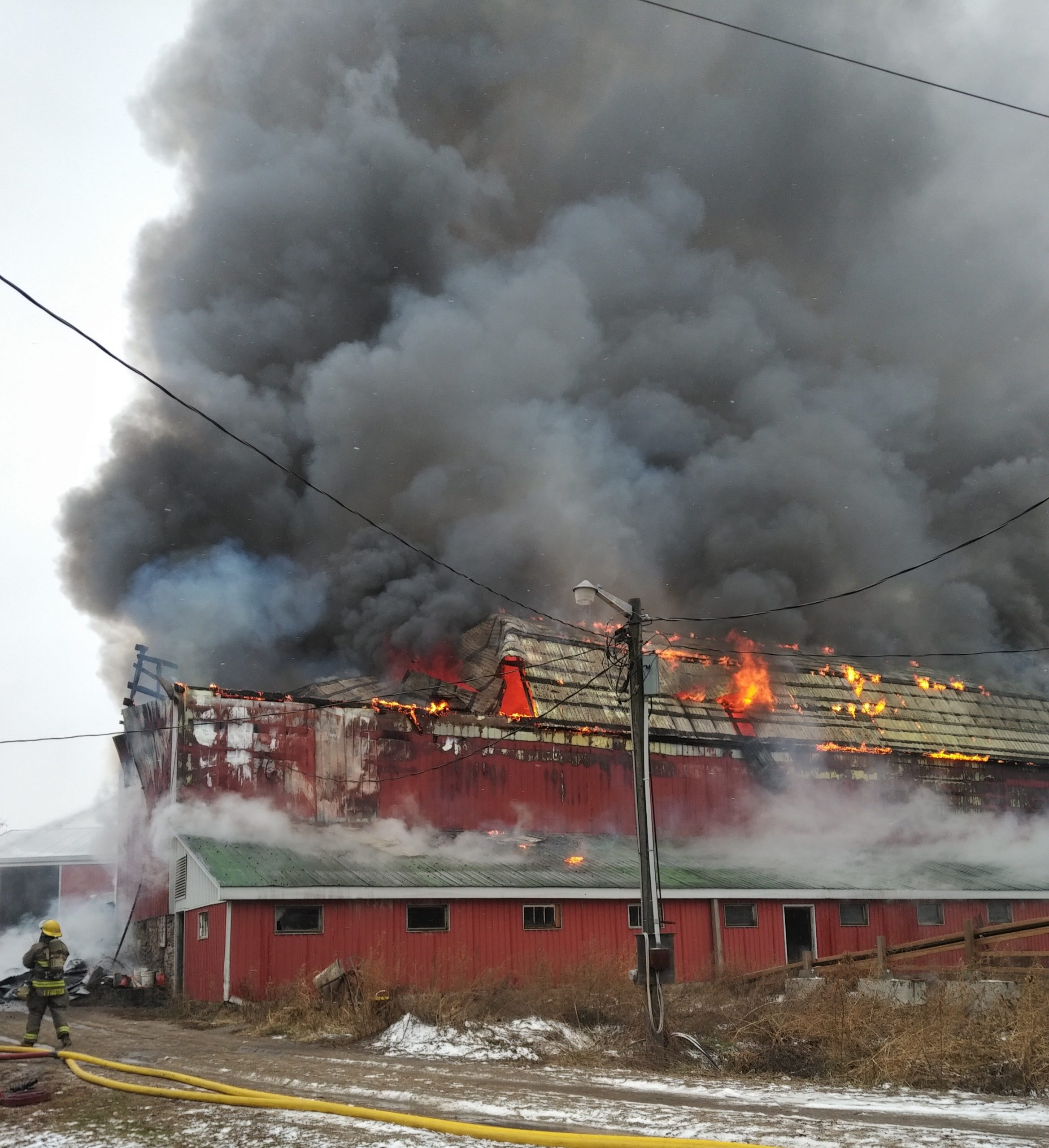 UPDATED: Quinte West firefighters battling barn blaze