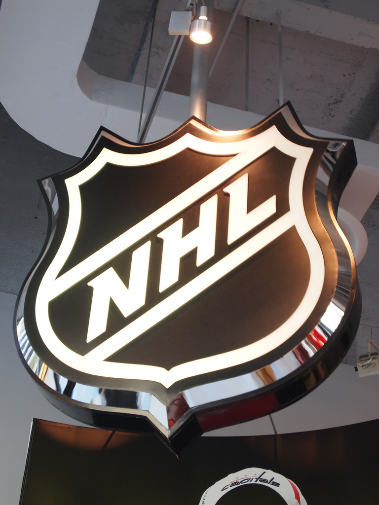 Violence decreasing in hockey