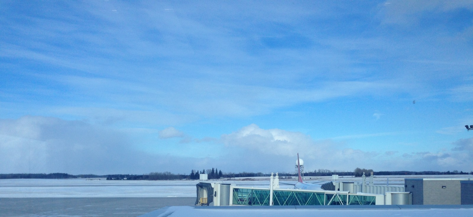 London Airport doing just fine in the winter weather
