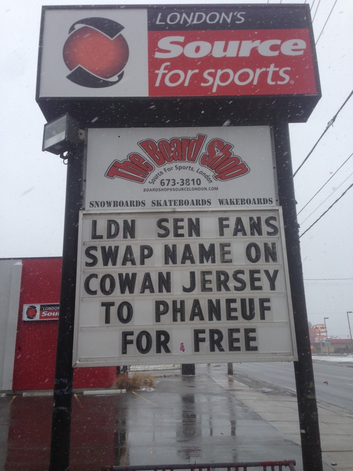 Sens Fans - get your Phaneuf on!