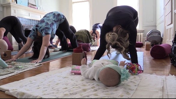 Benefits of pre and postnatal yoga