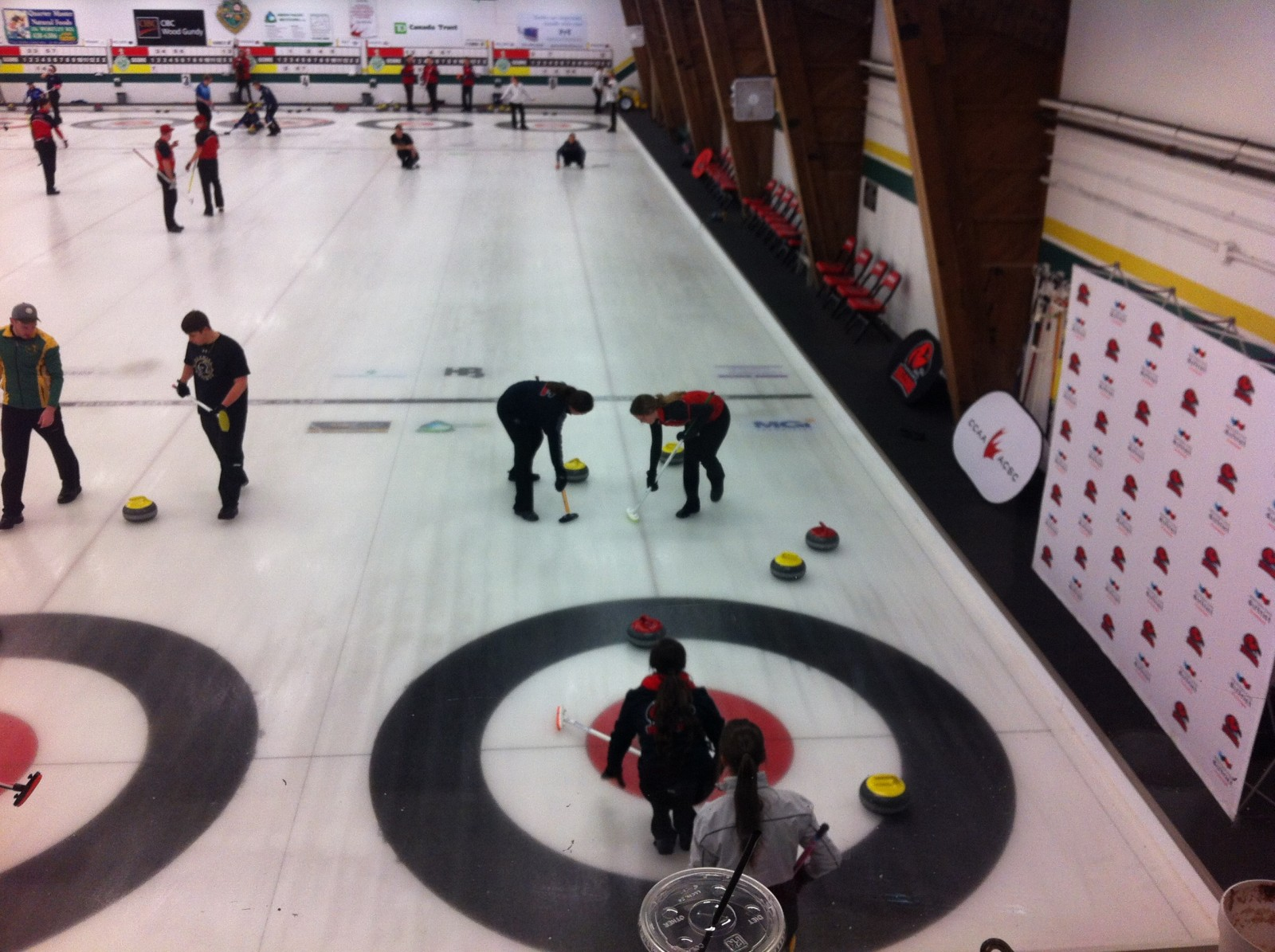 Fanshawe curling teams say hosting CCAA Curling National Championships have some benefits