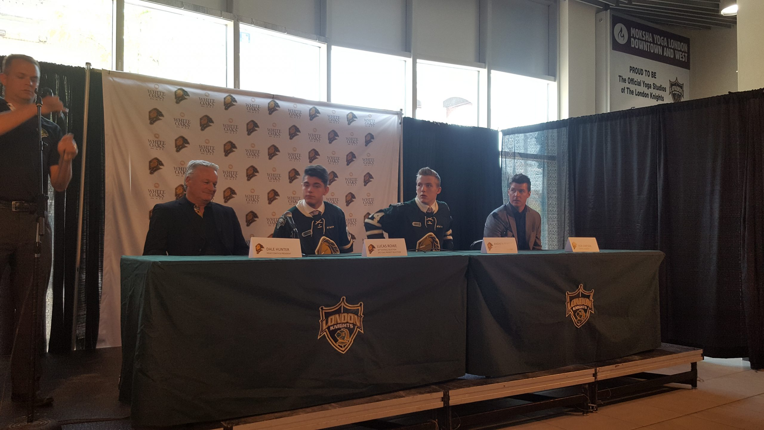 London Knights sign two draft picks