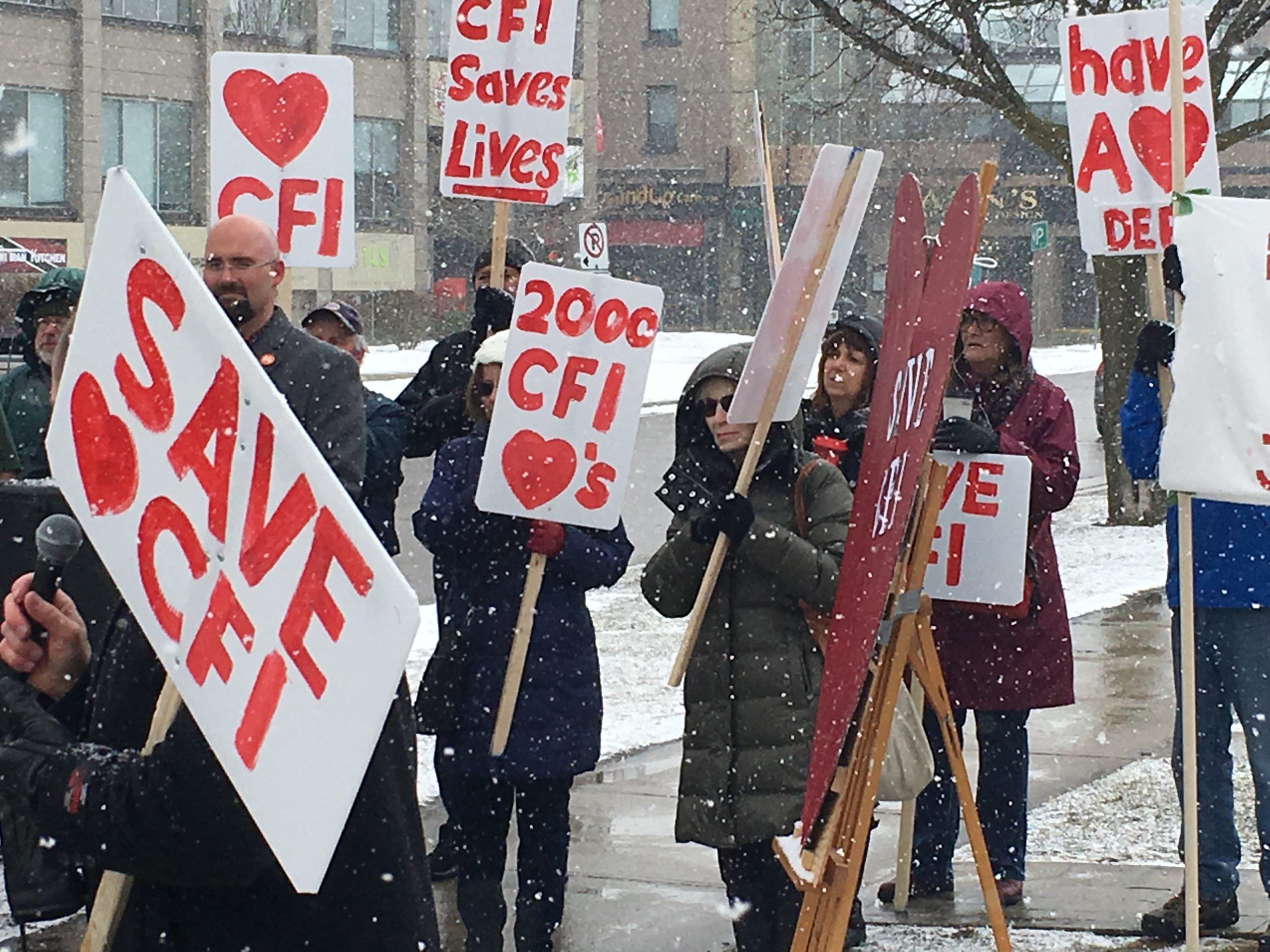 Cardiac Fitness Institute protests take to local MPP office