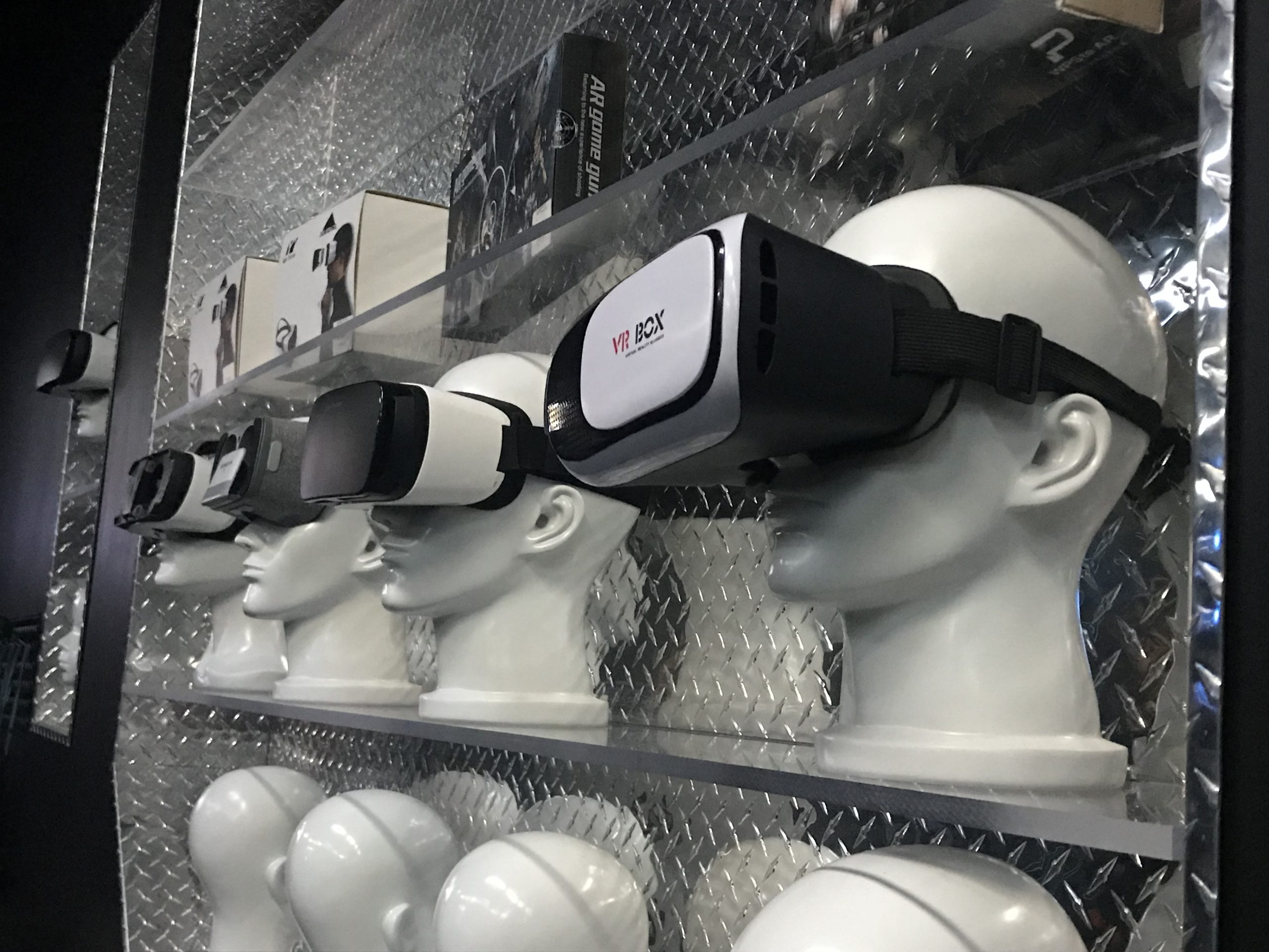 Virtual Reality could replace your smartphone in 5 years time