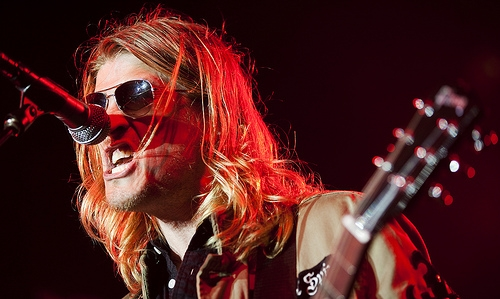 Wes Scantlin Accuses Fan of Stealing House, Walks Off Stage [VIDEO]