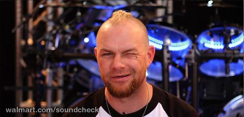 BREAKING!!!  Ivan Moody NOT leaving Five Finger Death Punch?