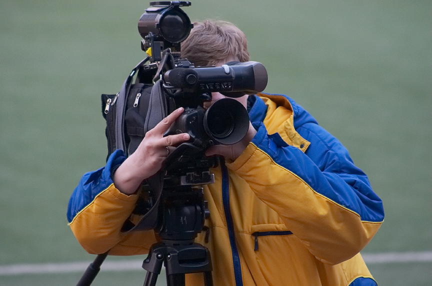 Camera Guy trying to make the highlight reel!