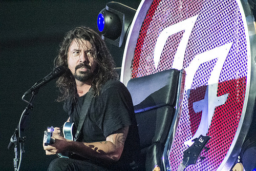 There's ONE Band Dave Grohl Wants to Play Drums With