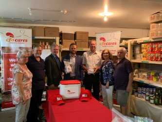 Chicken Farmers Of Ontario Support Local Food Bank