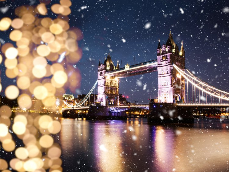 The 15 Most Popular Holiday Destinations Around the World at Christmas