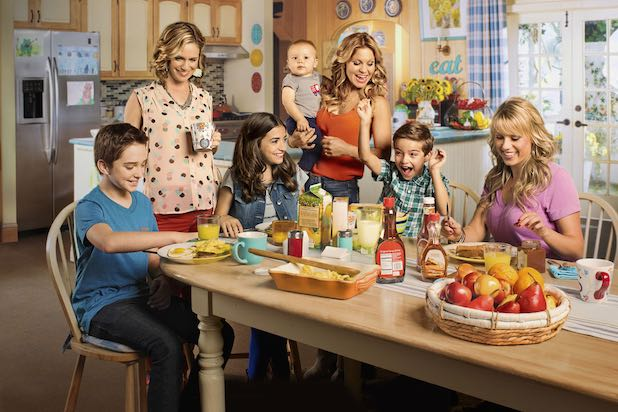 FULLER HOUSE Season 4 Trailer: Holidays, Romance & One Getting-Bigger Happy Family