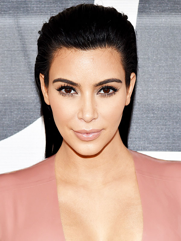 Kim Kardashian Says She Thinks Paris Robbery Was 'Meant to Happen' to Her