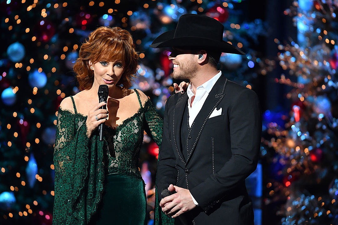 Dustin Lynch's Crush Reba McEntire Surprise Inducts Him Into the Opry