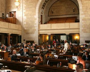 Nebraska state senator resigns early from Legislature