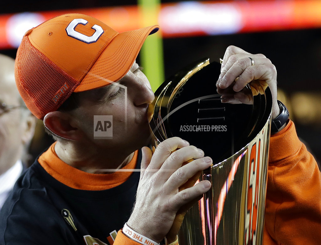 Clemson rips Alabama to win CFP championship